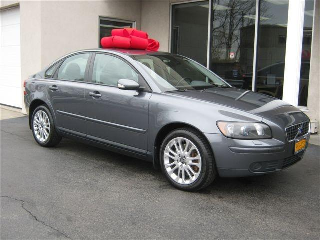 2005 volvo s40 t5 awd. Black Bedroom Furniture Sets. Home Design Ideas